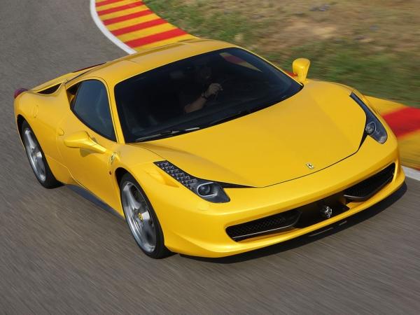 Ferrari_458_Italia_photo_car_wallpapers_yellow_ferrari_new-1