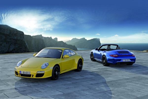 Porsche911Carrera4SGTSr1