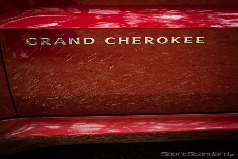 JeepGrandCherokeeSRT8-28