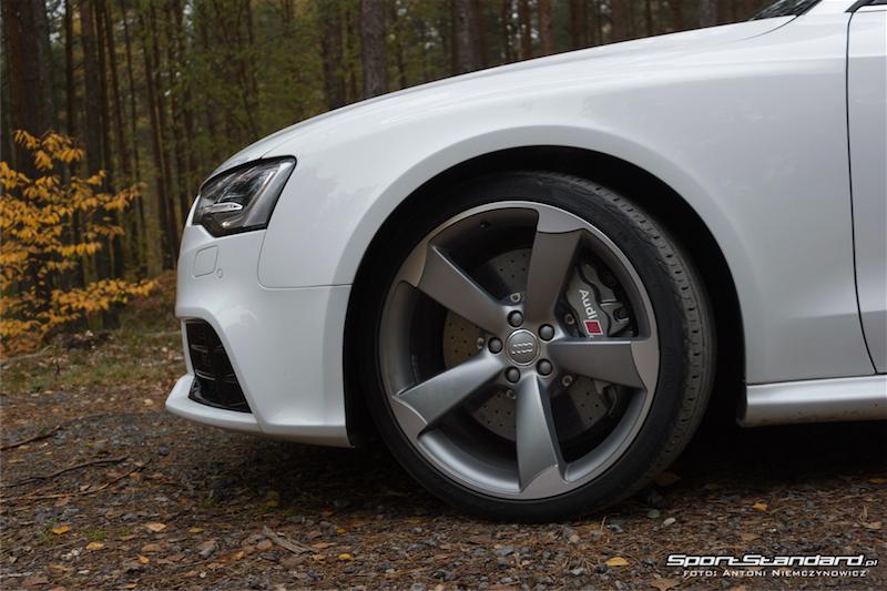 Audi_RS5_2014-13