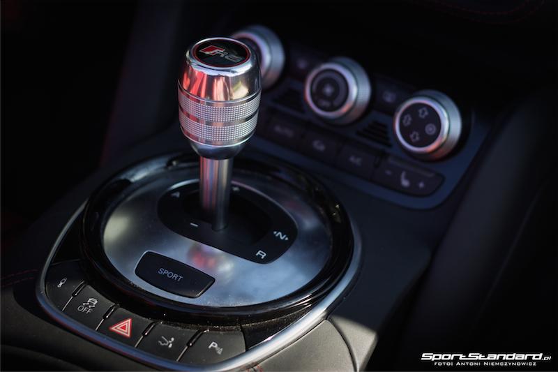 Audi_R8_V10_Spyder-14
