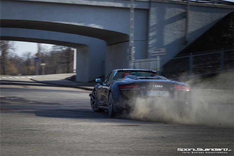 Audi_R8_V10_Spyder-28