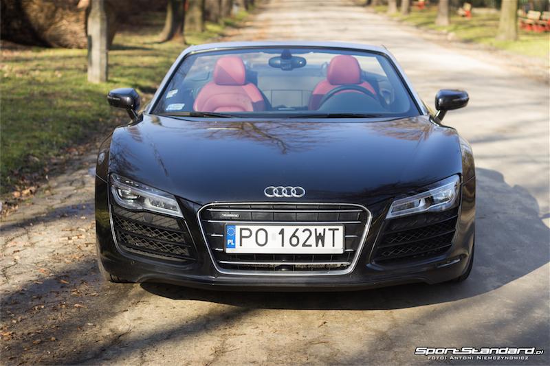 Audi_R8_V10_Spyder-9