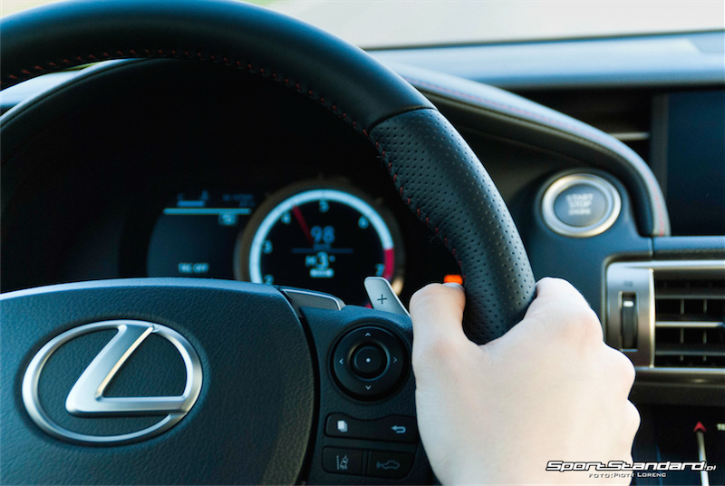 Lexus_IS250_FSport-18