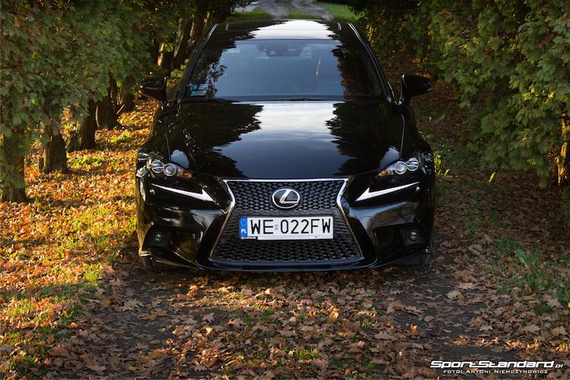 Lexus_IS250_FSport-2