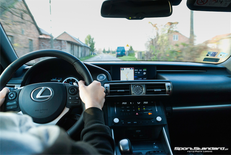 Lexus_IS250_FSport-20