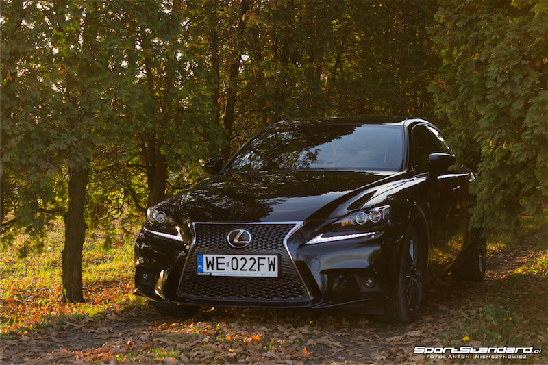 Lexus_IS250_FSport-3