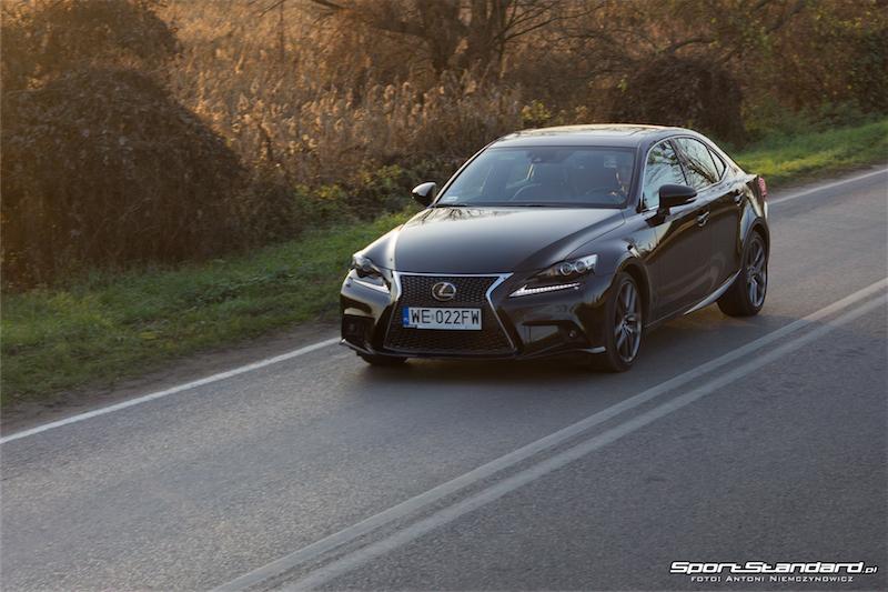 Lexus_IS250_FSport-4