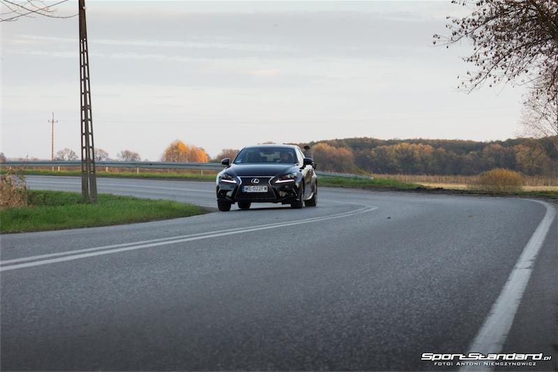 Lexus_IS250_FSport-8