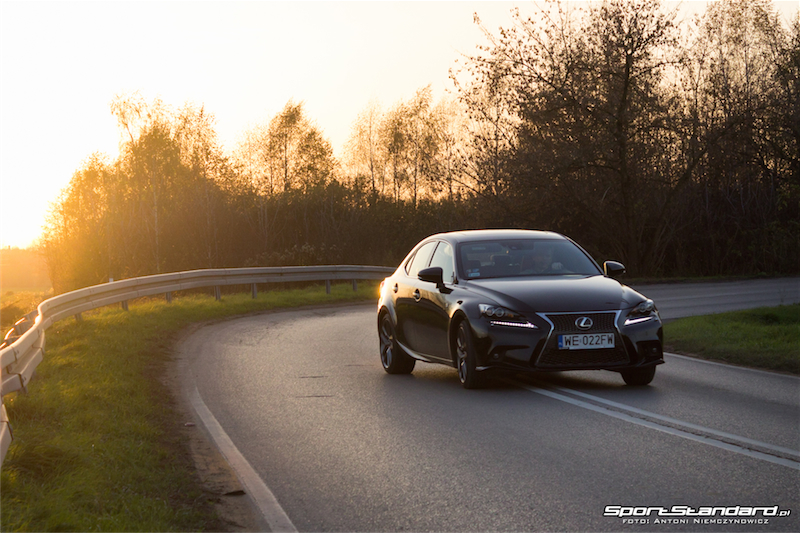 Lexus_IS250_FSport-9