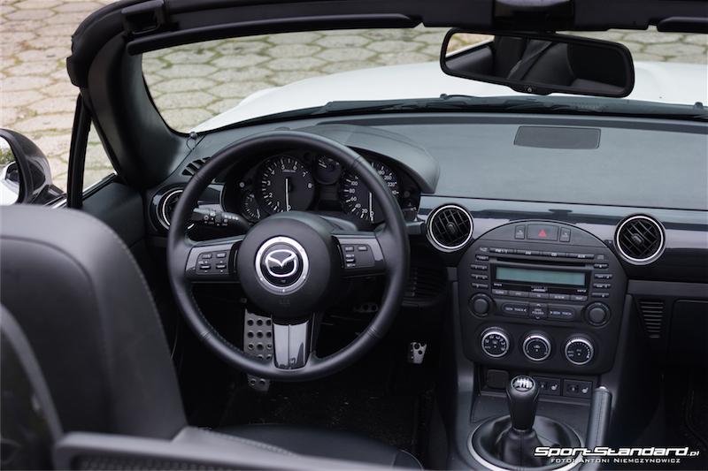 Mazda_MX5-11