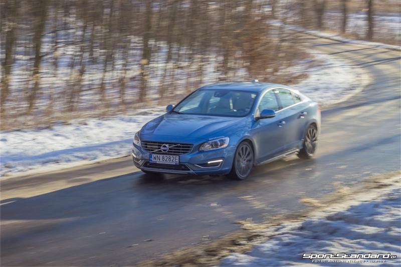 2013_Volvo_S60_T6-10