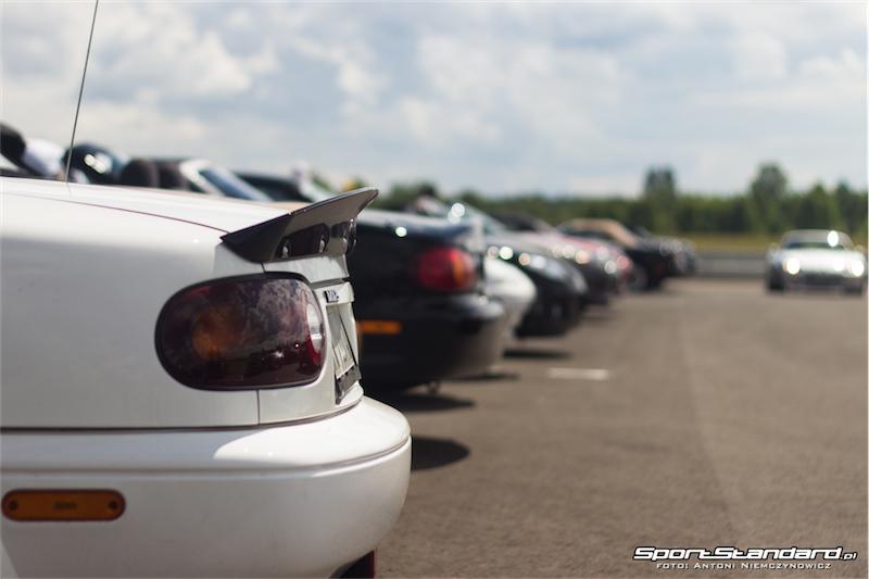 25_lat_Mazda_MX-5-10