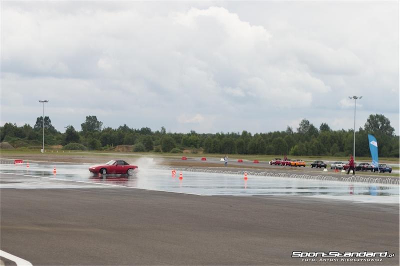25_lat_Mazda_MX-5-2