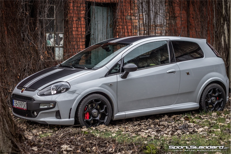 2014_Abarth_Punto_Evo_SuperSport_SportStandard-12