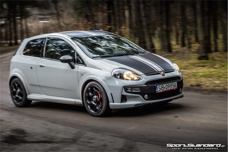 2014_Abarth_Punto_Evo_SuperSport_SportStandard-38