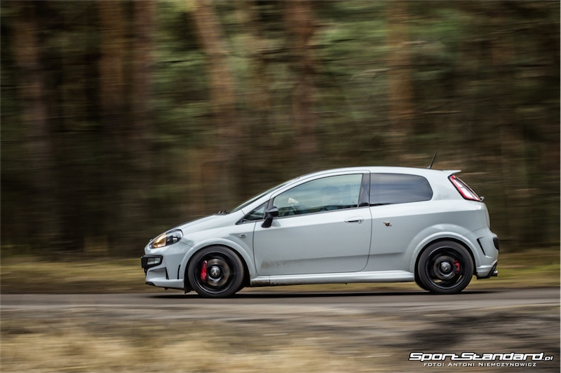 2014_Abarth_Punto_Evo_SuperSport_SportStandard-42