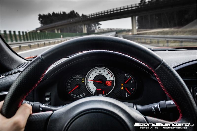 2014_Toyota_GT86_TRD_SportStandard-1