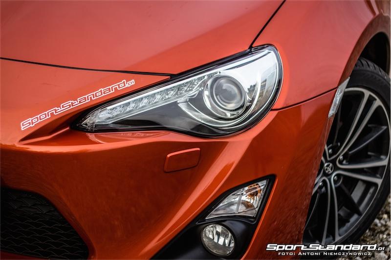 2014_Toyota_GT86_TRD_SportStandard-9