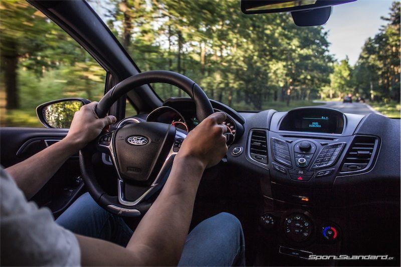 2014_Ford_Fiesta_ST_SportStandard-11
