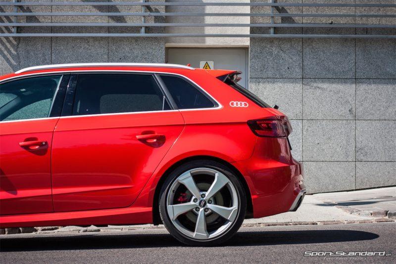 Audi_RS3_2016_SportStandard-9