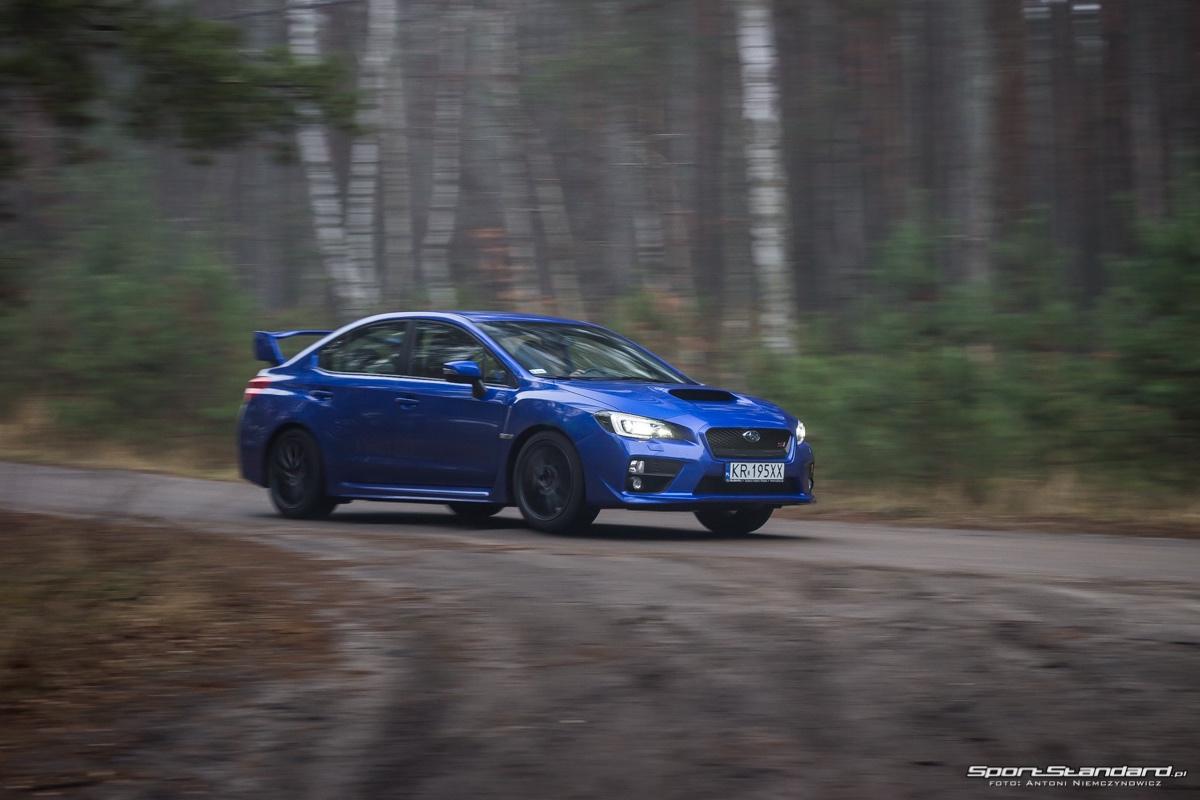 2016_Subaru_WRX_STi-11